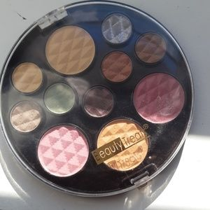 BeautyTreats, eyeshadow blush and powder palette
